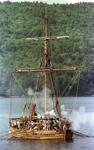 Revolutionary War Gunboat_167924