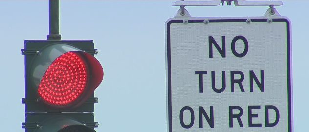 no-turn-on-red-traffic-light-sign (1)_285821