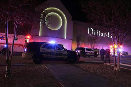 Shooting San Antonio Mall_334005