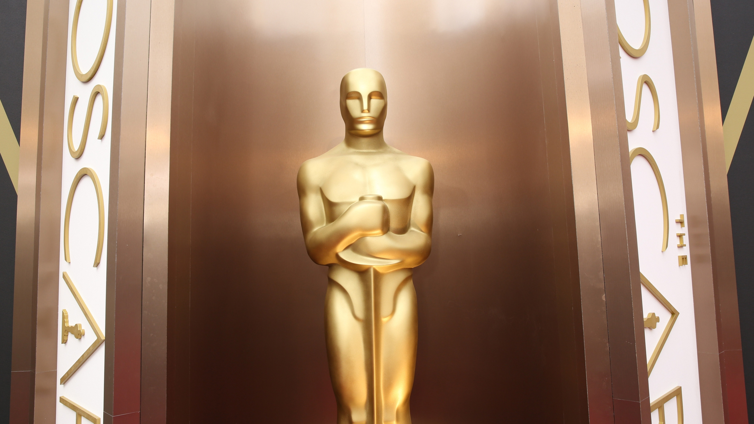 Oscar statue_350150