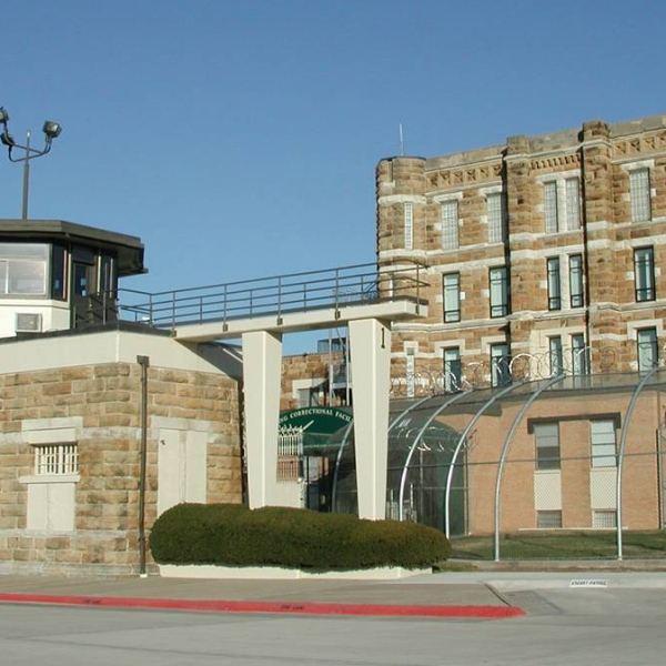 Lansing Correctional Facility_337971