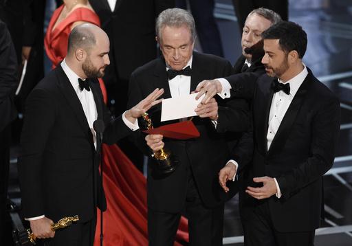 Jordan Horowitz, Warren Beatty, Jimmy Kimmel_352409