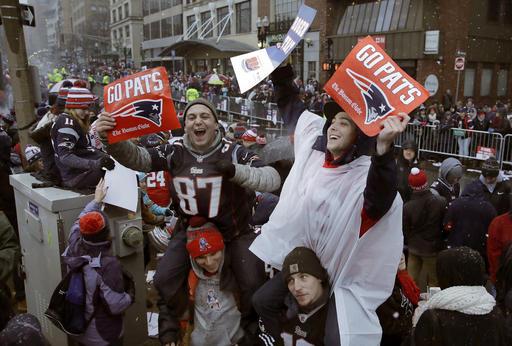 Super Bowl Patriots Parade Football_342215