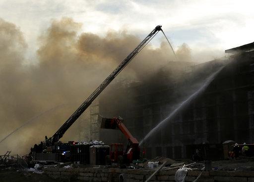 Apartment Fire Kansas_362122