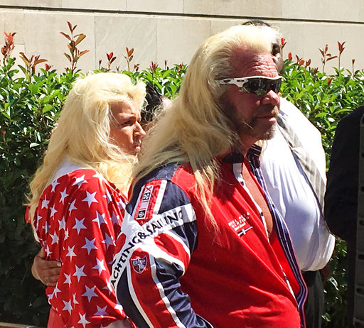 Bail-Dog the Bounty Hunter_424369