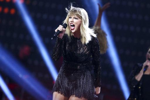 Taylor Swift_437660
