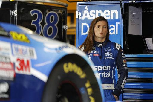 NASCAR Smithfield Sponsorship Auto Racing_445688