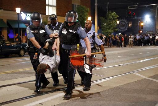 APTOPIX Police Shooting St Louis_447457