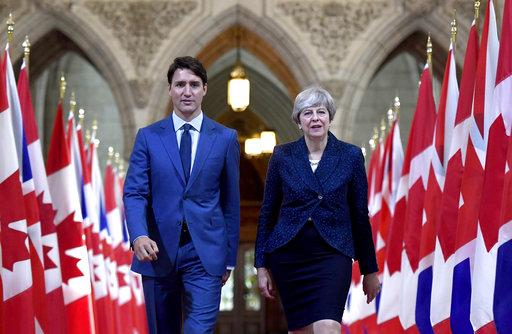Theresa May Justin Trudeau_448069