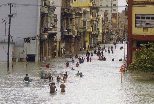 APTOPIX Cuba Hurricane Irma_444347