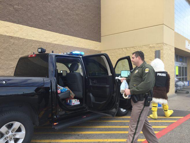 Wichita police food_478927