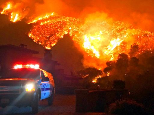 APTOPIX California Wildfires_490429