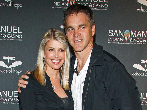 Luc Robitaille, Stacia Robitaille`_490756