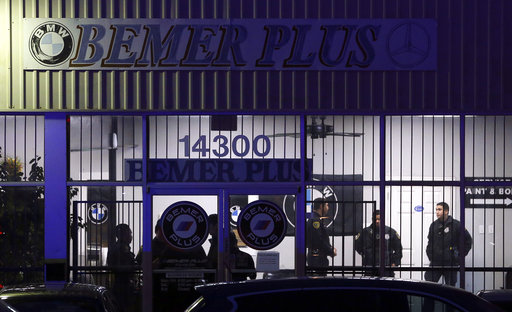 Auto Shop Shooting-Houston_497120