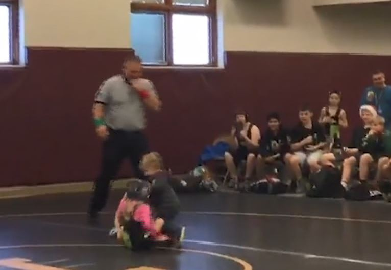 wrestling-match_491350