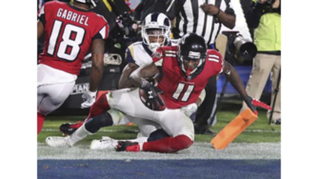 Falcons Rams Football_501143