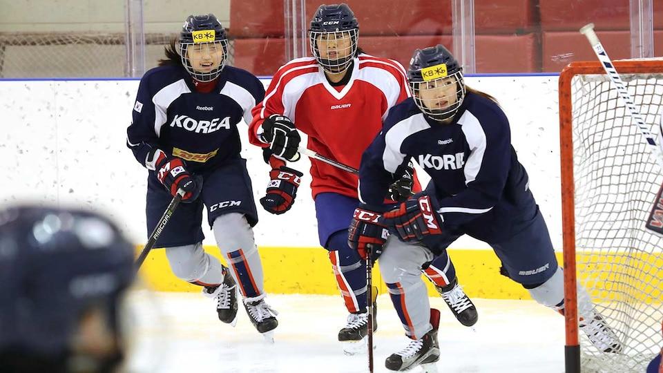 korean-unified-womens-hockey-practice-ap18028328512592_512518
