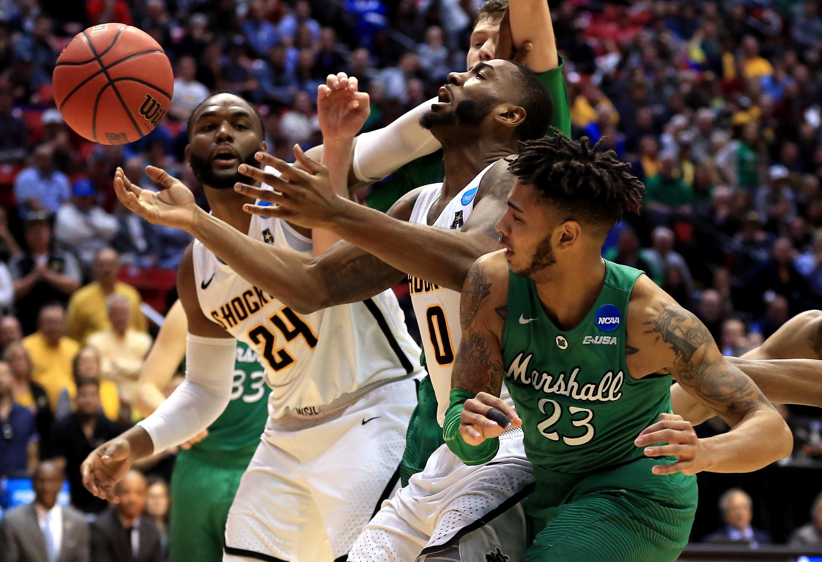 Austin Reaves Wichita State Shockers Basketball Jersey-Black