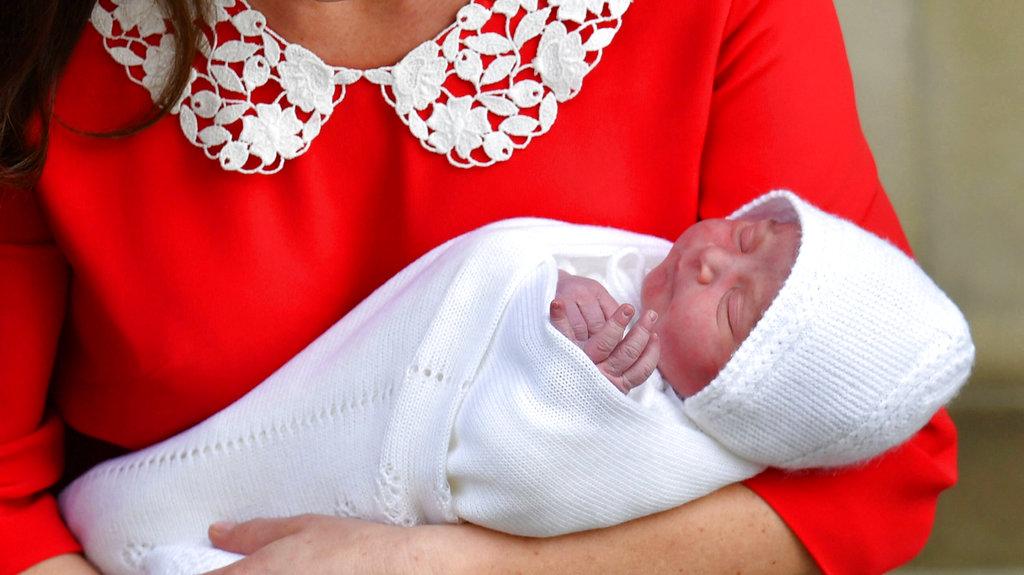 APTOPIX Britain Royal Baby_1524826985864