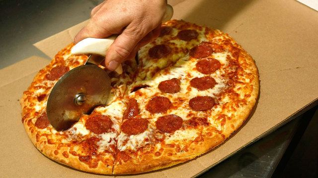 Little Caesars pizza being cut_28822569_ver1.0_640_360_1522675405750.jpg.jpg