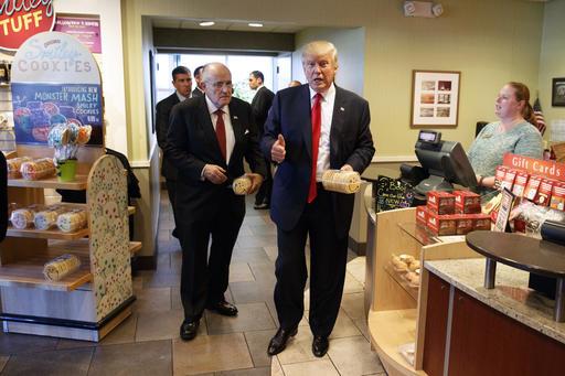 Donald Trump, Rudy Giuliani_321034