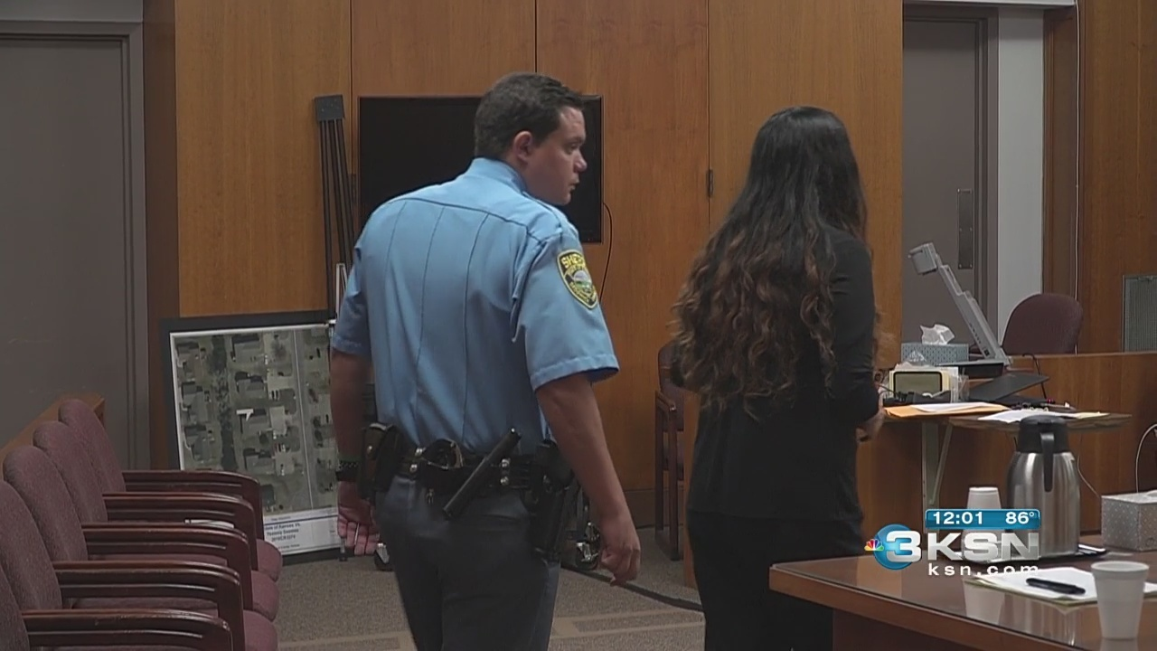 Trial_for_woman_accused_of_killing_woman_0_20180601171758