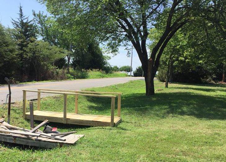 footbridge_1532795226563.jpg