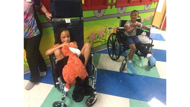 kids injured in crash_1534548350781.jpg.jpg