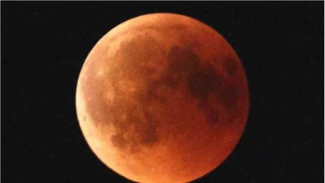 blood moon_1547468802773.JPG_67335743_ver1.0_640_360_1547481856761.jpg.jpg
