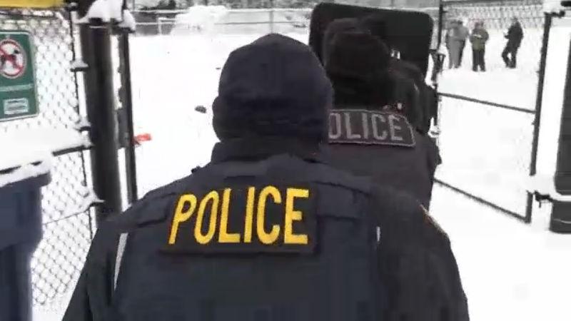 police have snowball fight_1549501382214.jpg.jpg