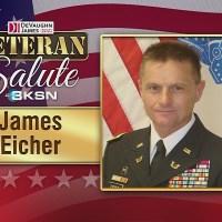 Veteran_Salute__Ret__Colonel_helps_other_0_20190425132415