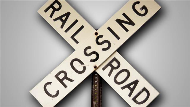 Railroad Crossing_204198