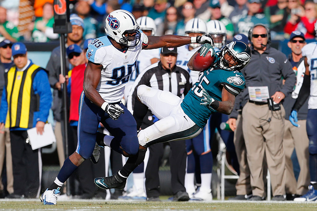 Kamerion Wimbley #95 of the Tennessee Titans