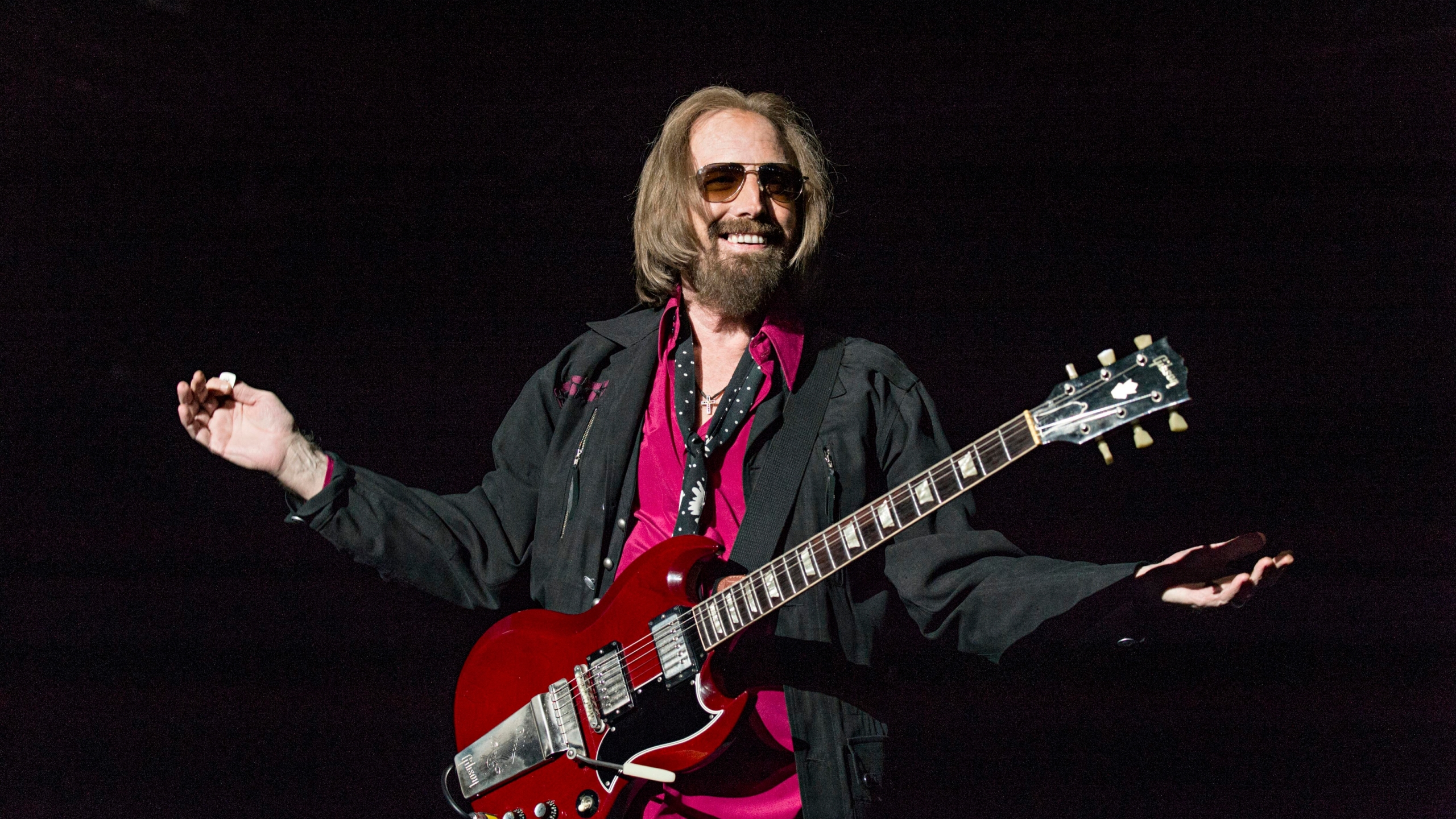 Super Fan Buying Childhood Home Of Rocker Tom Petty
