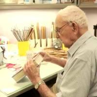 Meet Manhattan's 97-year-old master book mender