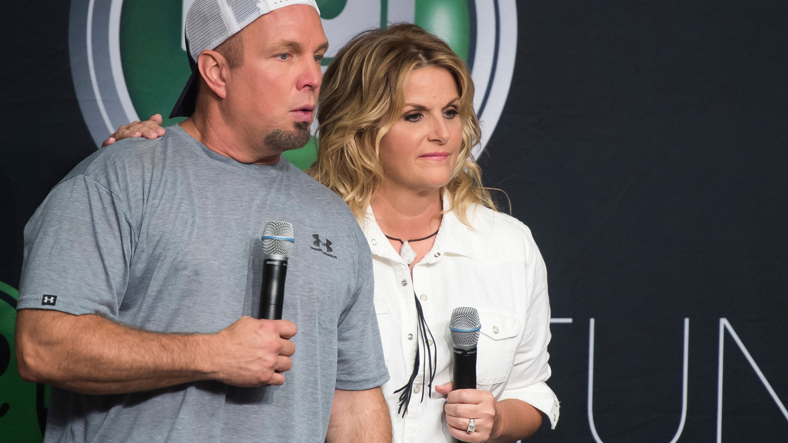 Brooks Trisha Yearwood To Perform Requests On Live Special
