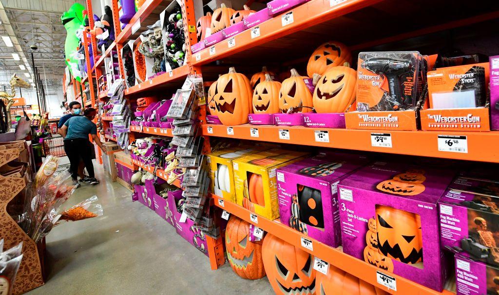 Halloween 2020 Parties Wichita Ks Group issues Halloween 2020 guidelines, color coded coronavirus