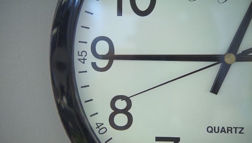 New federal bill would extend Daylight Saving Time until November 2021 due to pandemic