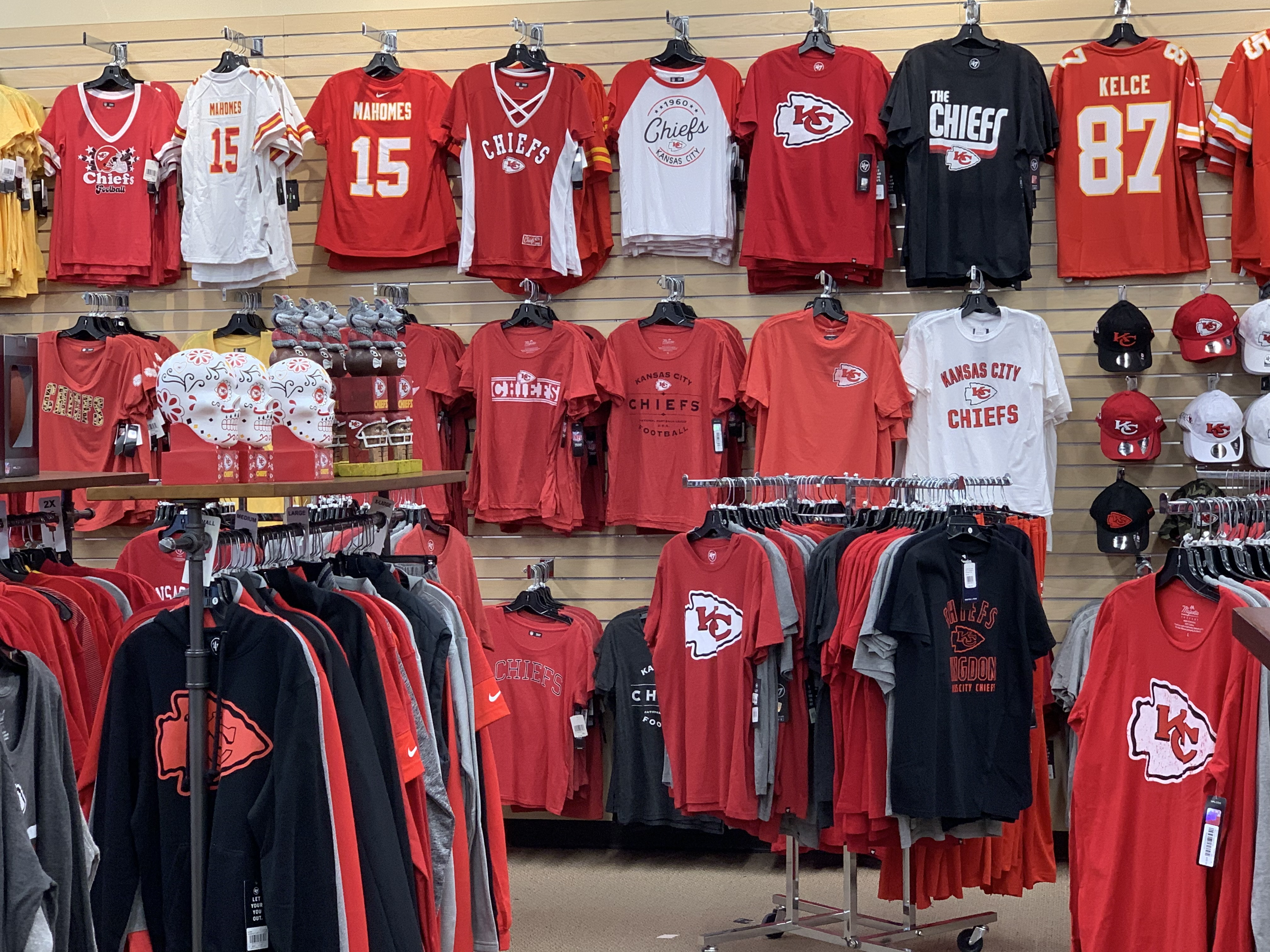 Local sports shop gives in to receive new Chiefs goods - SportsBeezer